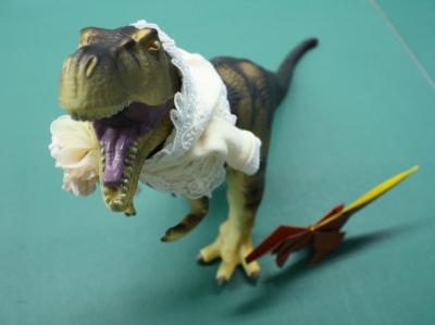 ティラノサウルスを折ってみましょう!